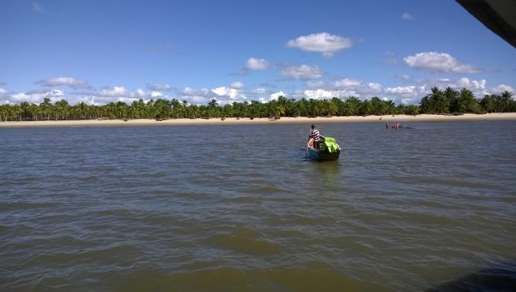 Navigating on the Santarem river