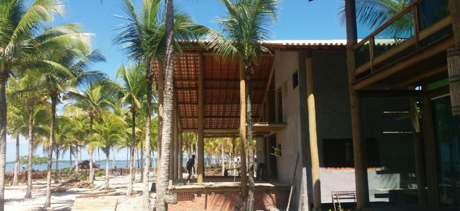 sale villa beachfront with fornitures